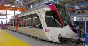 Dualis du tout nouveau tram express T11