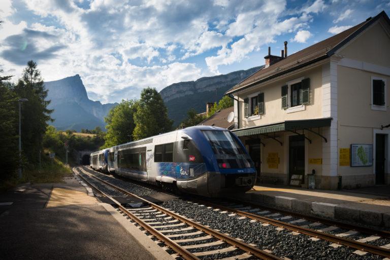 Auvergne-Rhône-Alpes et la SNCF trouvent un accord — Convention TER