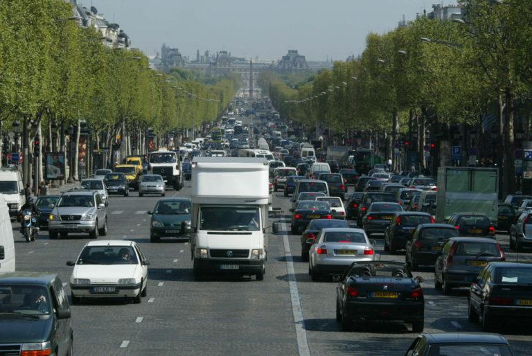 voiture Paris pollution
