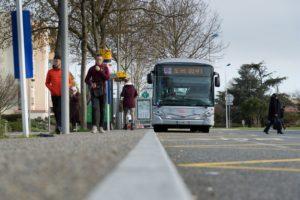 Toulouse Tisséo Bus Linéo 2 aux heures de pointe mars 2017