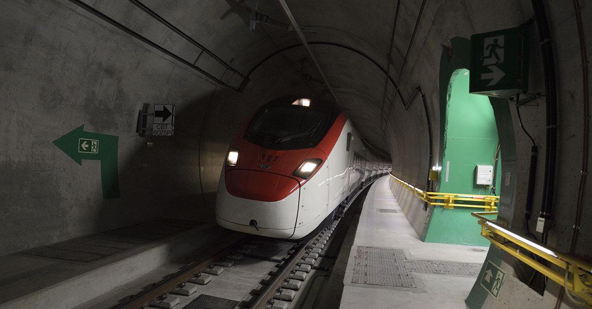 Suisse-tunnel Ceneri