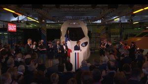Emmanuel Macron célébrant les 40 ans du TGV le 17 septembre 2021 devant le nez du TGVM